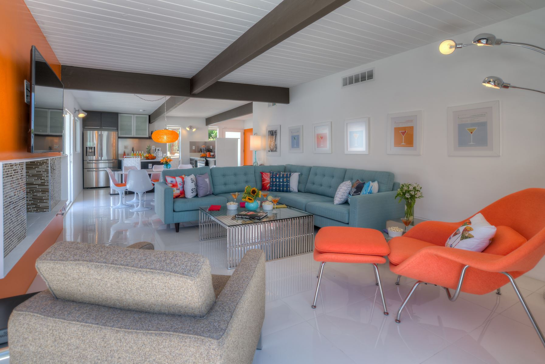 PS MARTINI - Design Services Provided by RELAX Palm Springs for this Mid-Century Vacation Rental in the Racquet Club Neighborhood of Palm Springs