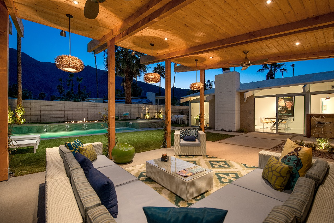 Stunning mountain views from PS Mod a vacation rental in Vista Las Palmas area of Palm Springs.